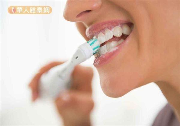 牙齦出血不是火氣大 這樣做保護牙齦不退縮2