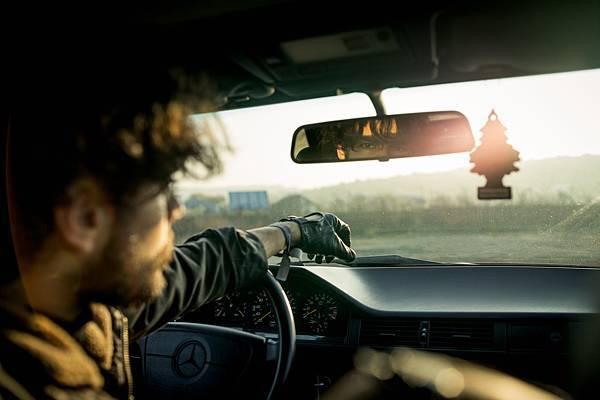 人工智慧結合汽車雷達偵測,跟駕駛盲區說掰掰!