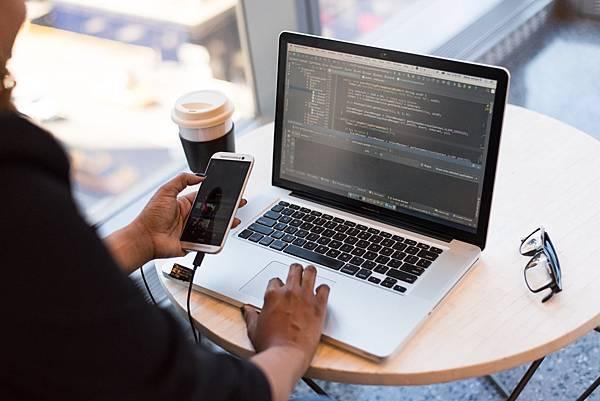 Python控制結構大補帖(4)運算子優先順序一覽