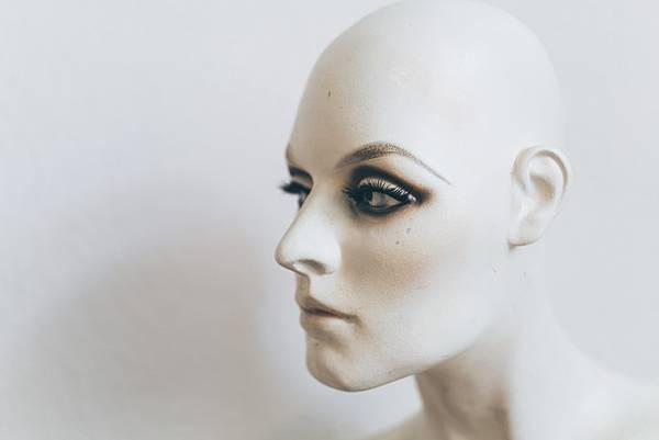 """有了人工智慧的""""虛擬超模"""",誰還需要真的模特兒試衣?(上)"""
