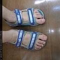 鞋太小了大拇指露出