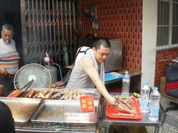 好吃的烤肉串.JPG