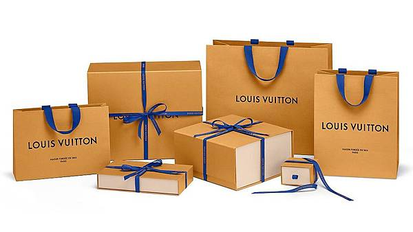 louis-vuitton-Louis_Vuitton_704_New_Packaging_1_DI3.jpg