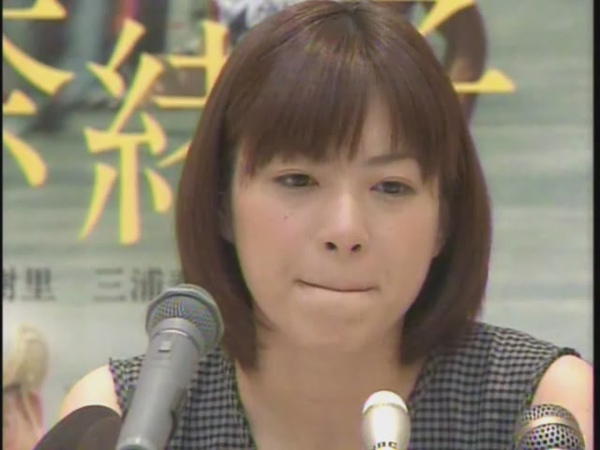 20080211 KTNスーパーニュース 奈緒子完成会見 (上野樹里)[(000166)11-58-28].JPG