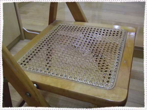 壞掉的椅子2
