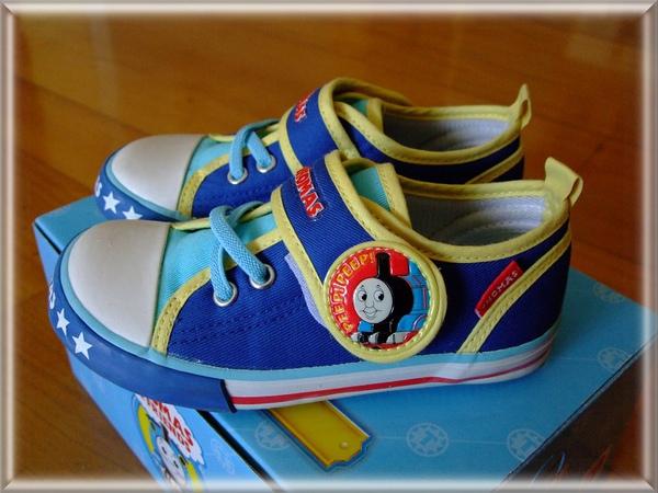 湯瑪士鞋2.jpg