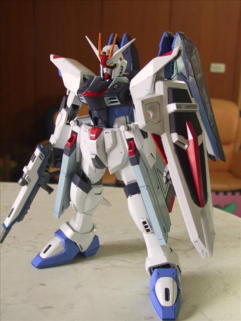1%2F60 Freedom Gundam