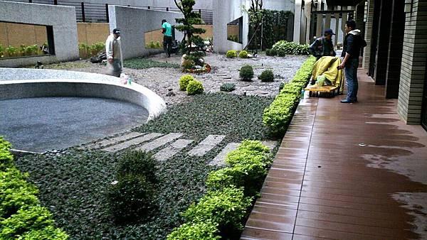 1030421南港太平洋森之丘-中庭景觀改造工程-施工中5.jpg