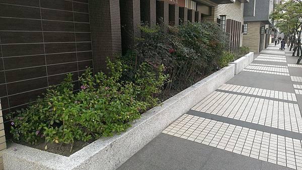 1030421南港太平洋森之丘-中庭景觀改造工程-施工前2.jpg