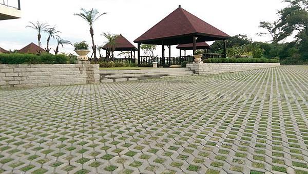 1030805桃園新屋3號咖啡館-植草磚綠化工程-完工照1.jpg