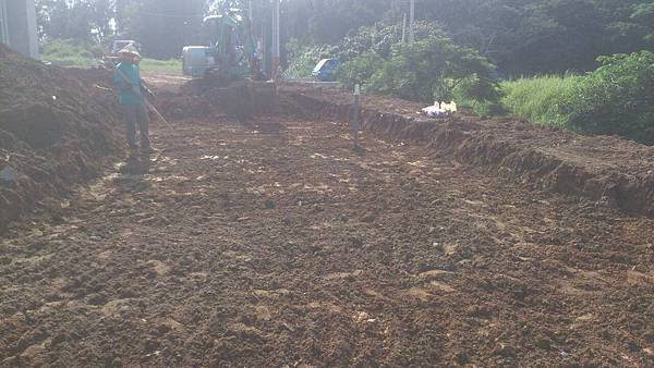 1030805桃園新屋3號咖啡館-植草磚綠化工程-施工中1.jpg