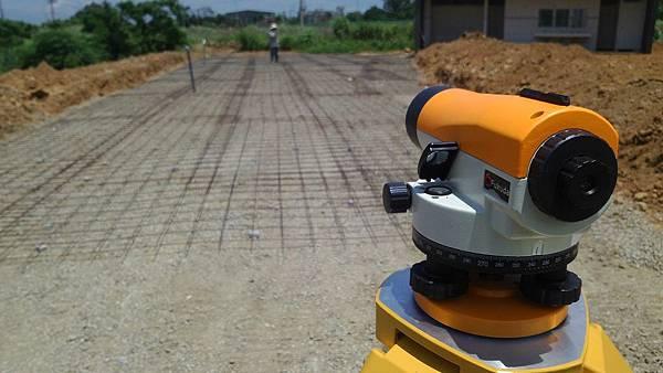1030805桃園新屋3號咖啡館-植草磚綠化工程-施工中6.jpg