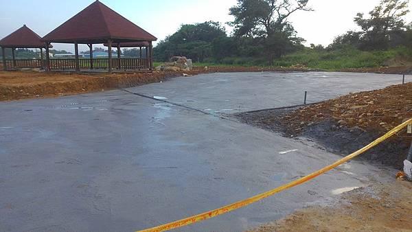 1030805桃園新屋3號咖啡館-植草磚綠化工程-施工中10.jpg