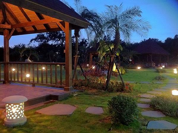 1030805桃園新屋3號咖啡館-木作景觀工程-完工照1.JPG