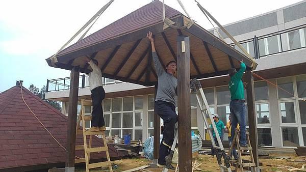 1030805桃園新屋3號咖啡館-木作景觀工程-施工中11.jpg
