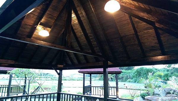 1030805桃園新屋3號咖啡館-木作景觀工程-施工中15.jpg