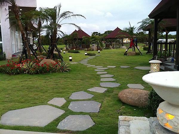 1030805桃園新屋3號咖啡館-庭園景觀工程-完工照2.JPG