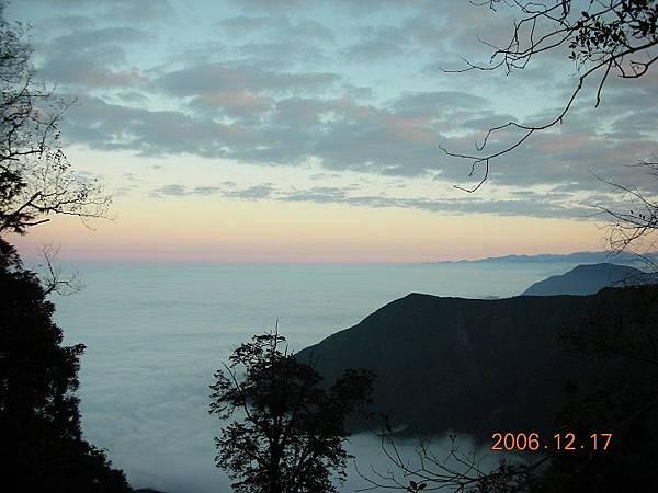 20061216─20061217西巒大山 0002.jpg