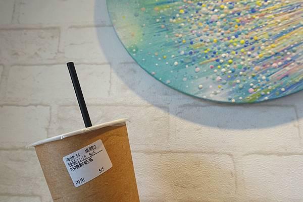 九點零一分‧轉角Tiffany藍的韓式人氣早午餐,香酥脆夾帶微辣泡菜的韓國煎餅很特別~-雪花新聞
