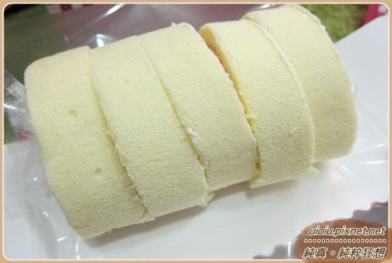 稻香緣草莓卷黃金蛋米羔012.JPG