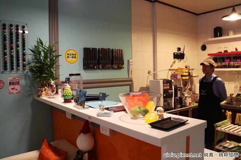 150315 宜蘭羅東路加咖啡茶館0401.JPG