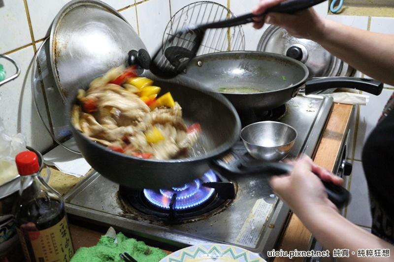 梅爾雷赫冷壓初榨橄欖油 炒肉片008.JPG