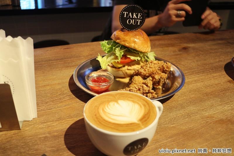 150604 台北 TAKEOUT美式漢堡012.JPG