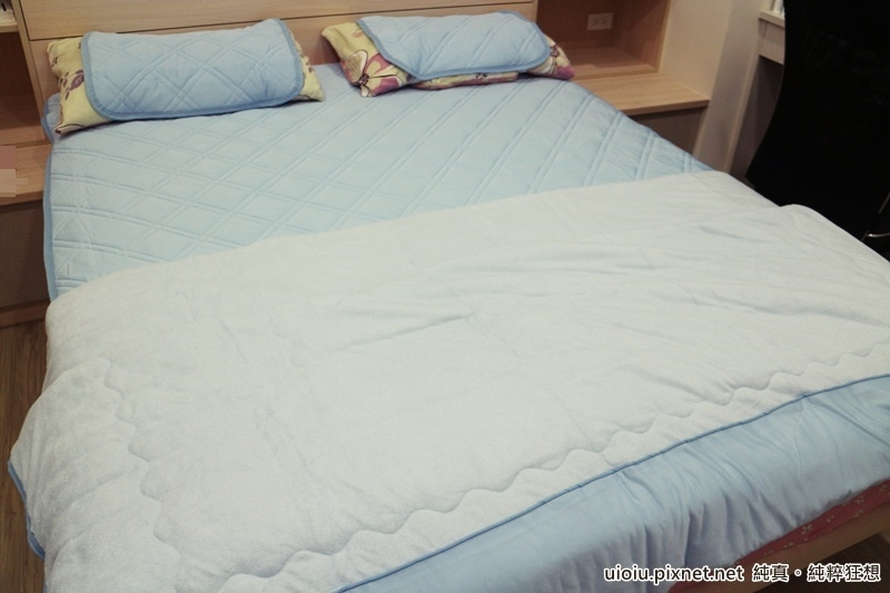 宜得利 N Cool涼被+枕頭保潔墊+床墊保潔墊之寢具組007.JPG