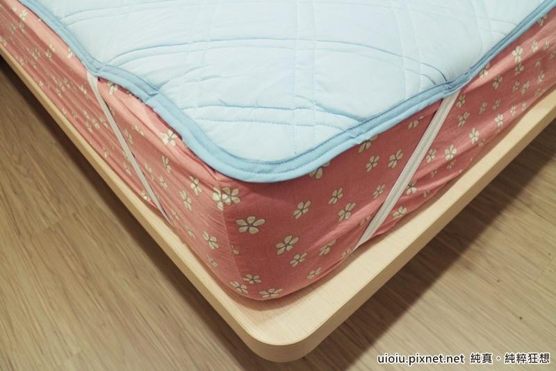 宜得利 N Cool涼被+枕頭保潔墊+床墊保潔墊之寢具組014.JPG