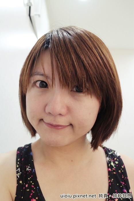 花娜cc霜.蜜粉餅008.JPG