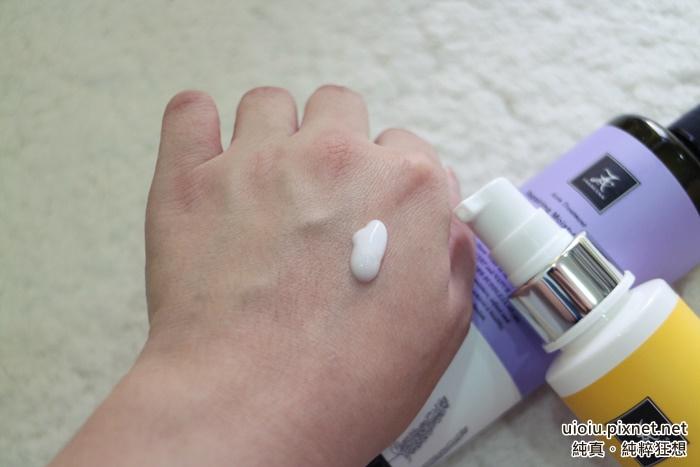 法蘭西娜 控油抗痘保濕水乳液010.JPG