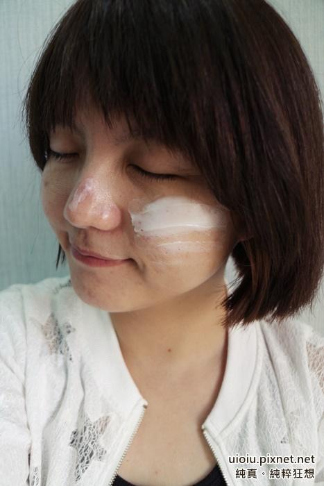 ERNO LASZLO奧倫納素 PH平衡水柔緊緻霜(豆腐霜)015.JPG