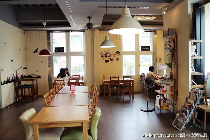 151010 竹北 J.Eat.Cafe 手做歐風三明治專賣店003.JPG