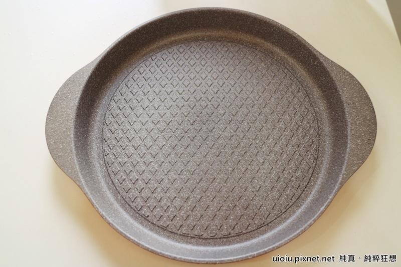 固鋼 瑞士MONCROSS百年紀念鈦晶鍋組016.JPG