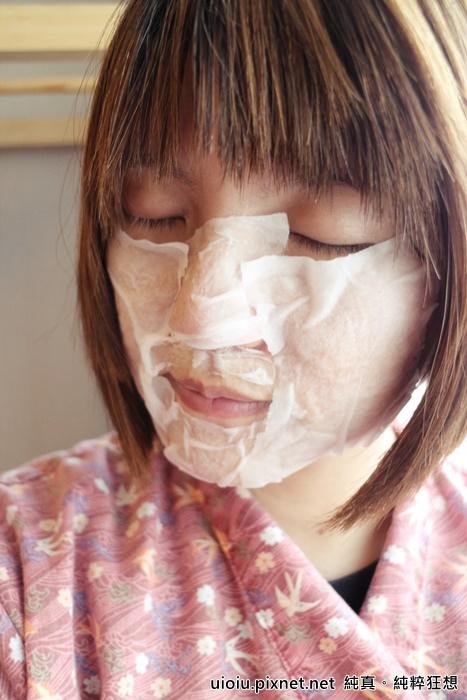 法蘭西娜 玫瑰保濕嫩白化妝水 肌賦活熟嫩保濕面膜013.JPG
