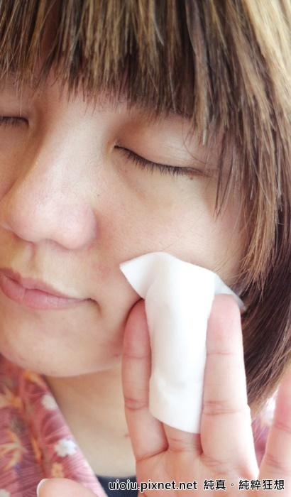 法蘭西娜 玫瑰保濕嫩白化妝水 肌賦活熟嫩保濕面膜011.JPG