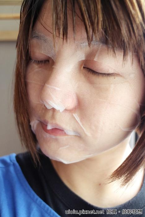 法蘭西娜 玫瑰保濕嫩白化妝水 肌賦活熟嫩保濕面膜029.JPG
