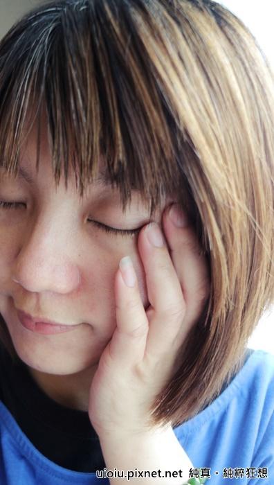 法蘭西娜 玫瑰保濕嫩白化妝水 肌賦活熟嫩保濕面膜033.JPG