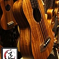 阿浪老師烏克麗麗美國品牌KALA-烏克BASS-KOA款_004.jpg