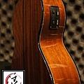 阿浪老師烏克麗麗-美國品牌KALA-可插電六弦烏克_004.jpg