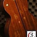 阿浪老師烏克麗麗-美國品牌KALA-可插電六弦烏克_005.jpg