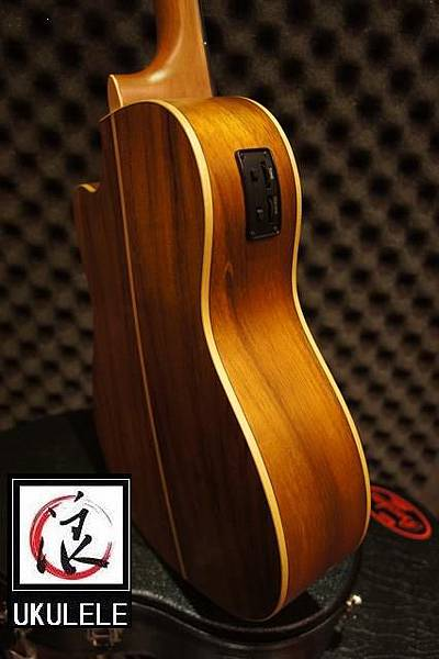 阿浪老師烏克麗麗-美國品牌KALA-想思木全單板30吋缺…_006.jpg