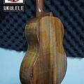阿浪老師烏克麗麗ukulele專賣店-漂亮的相思木.jpg
