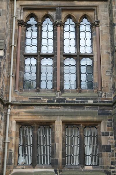 Glasgow大學的窗框
