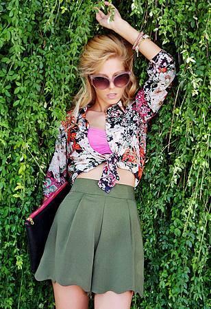 queens-wardrobe-shorts-zara-shirt-blouses~look-main-single