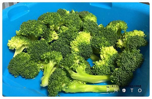 小獅王辛巴綠活系奶瓶蔬果洗潔噴霧10.jpg