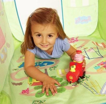 Peppa Pig Muddy Puddles Play Tent.jpg