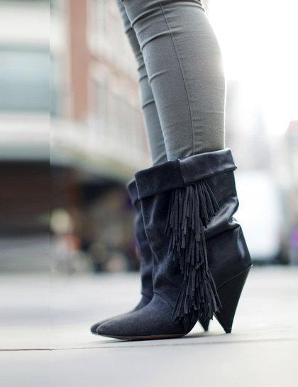 18-amy-boots-elle-wears-isabel-marant-for-h-m-october-2012-silvia-olsen_GA