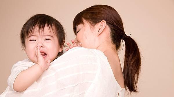 (焦點輪播)圖片:幼兒溼疹半夜哭鬧爸媽好心疼 中醫調理一覺到天明