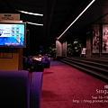 01新加坡機場的轉機休息區.jpg